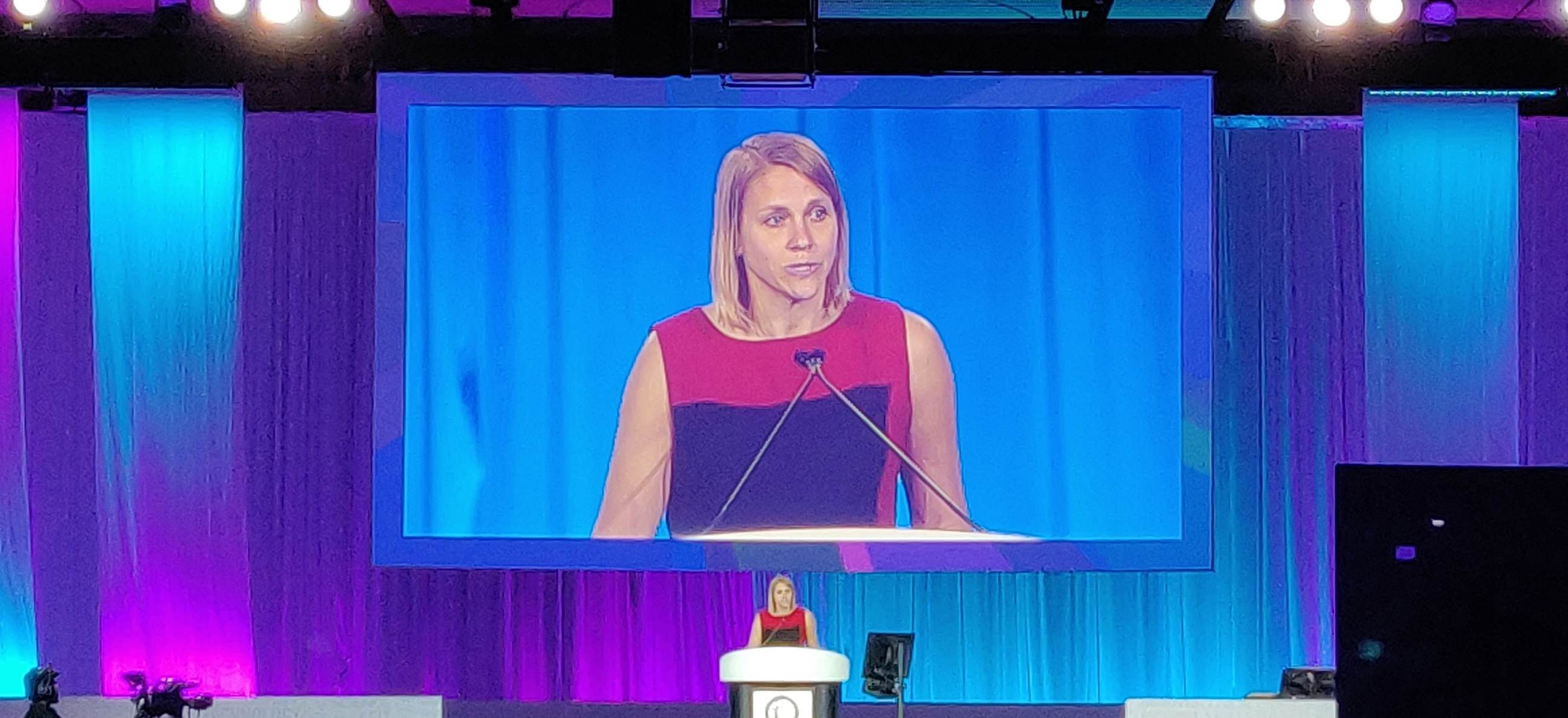 Dr. Suzanne Arnold presenting at ACC19