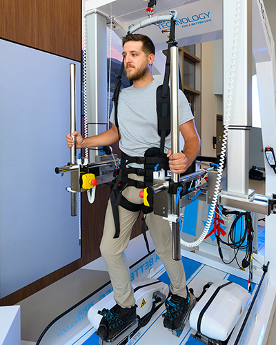 G-EO System™: Patients and therapists have access to this sophisticated exoskeleton that helps patients recovering from spinal injuries, amputations, stroke, and other conditions regain strength and relearn motor skills.